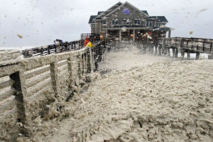7) Hurricane Sandy batters a pier in New Jersey, 2012 (US)