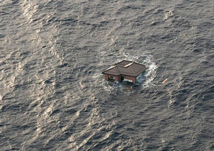 10) Japanese home drifts in the ocean after 9.0 magnitude earthquake and subsequent tsunami, 2011 (Japan)