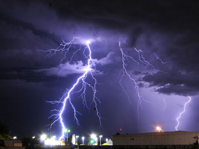 19) Lightning storm in Roswell, New Mexico, 2010 (US)