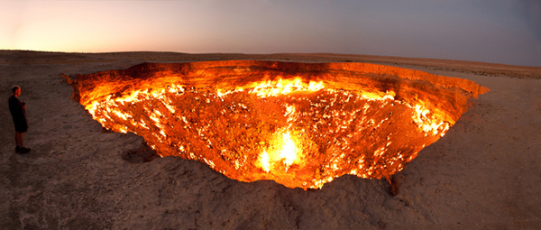 6.) The Door to Hell (Turkmenistan): This was once a gas field, but the Soviets set it on fire. Now, it has been burning for over 40 years. It seems that the dangerous pit of fire will never stop burning.