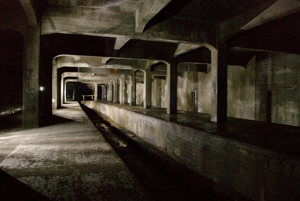 17.) Cincinnati's Abandoned Subway (Ohio): There were plans to build a subway system in Cincinnati in the early 1900s. The city ran out of funding, but the tunnels that were constructed are still open beneath the city, a maze that is left to be explored.