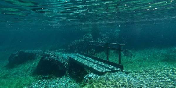 2.) A park in Austria is submerged in water every year: Each spring, Green Lake Park in Styria is submerged under 30 feet of water. The water is a result from melting snow and ice in nearby mountains.