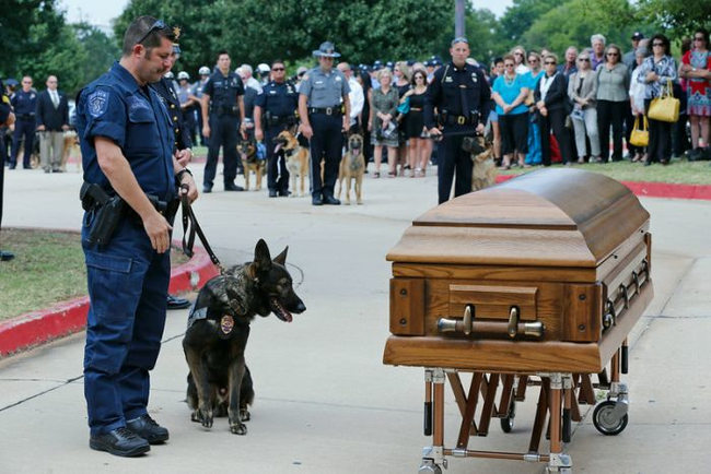 "According to his handler at the funeral, ""Without question, Kye's sacrifice saved the life of one of the officers. We will forever remain in your debt."""