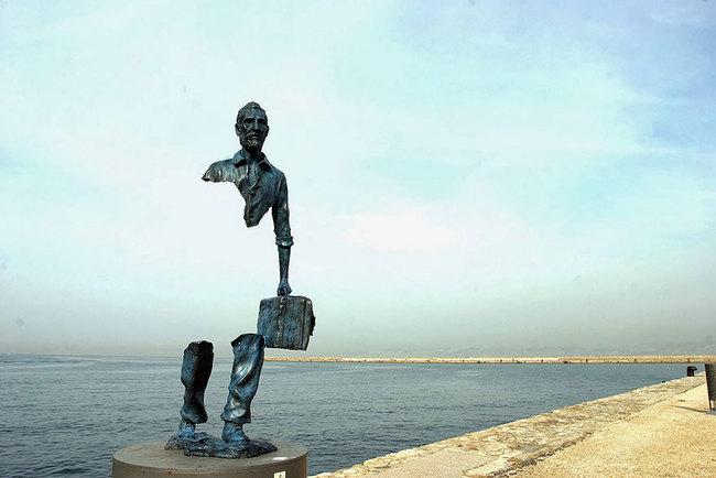 14.) Les Voyageurs (Marseilles, France)