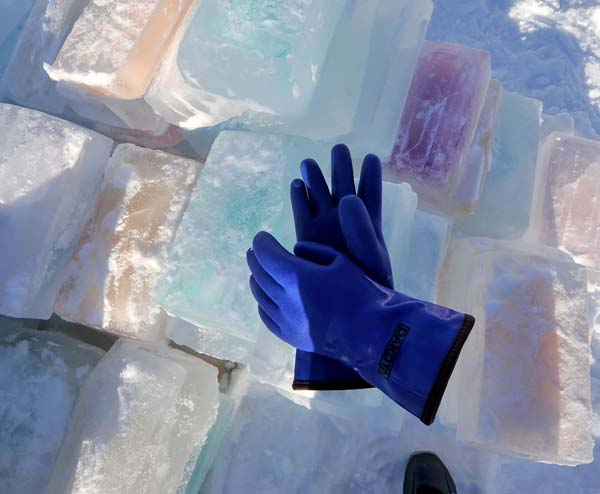 He froze 30 blocks per day, harvesting the new blocks every 12 hours. (Thick gloves were key.)